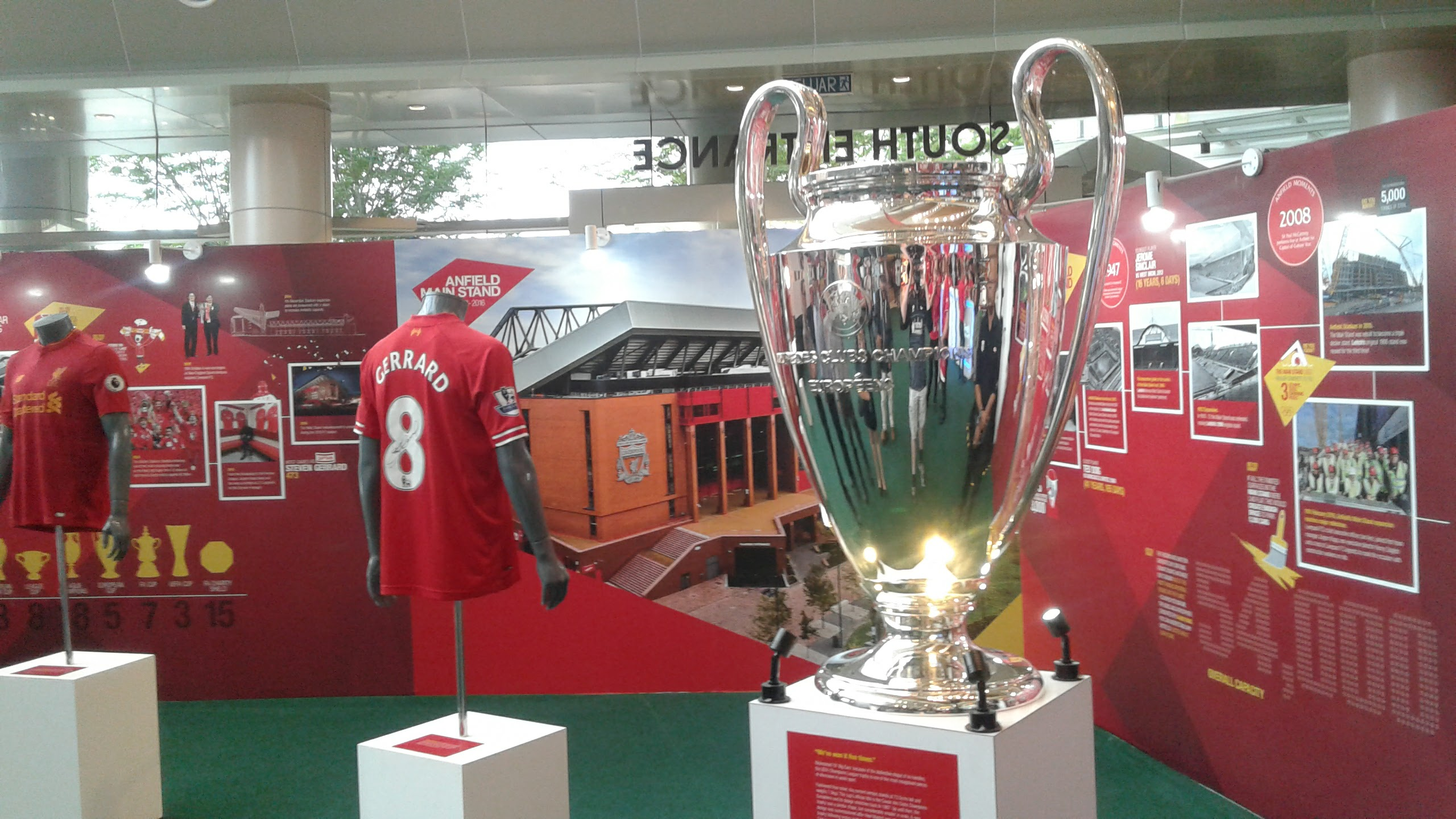 ...and it was kinda nice to see this.  The European Cup.  We've won this 5 times so we get to keep it.  And by 'we' I mean I didn't do a thing to help.