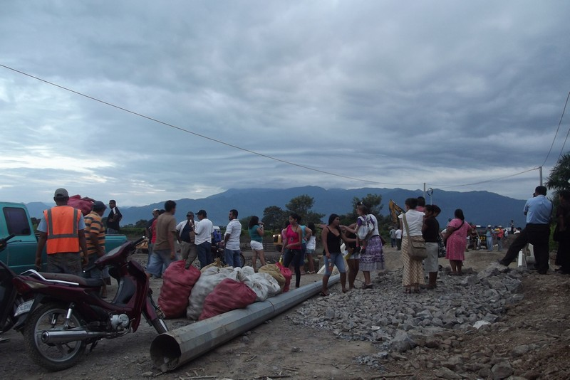 Crossing the border from Guatemala into Honduras is hard without a road