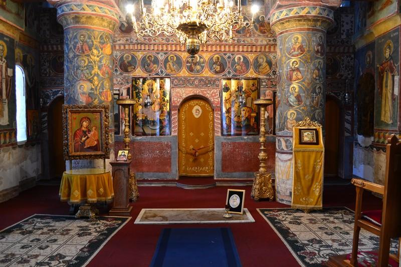 Vlad the Impailer's tomb, Comana Monastery